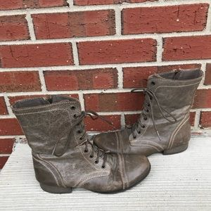 Steve Madden Troopa Gray Leather Combat Boots 8.5